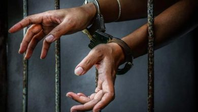 Photo of મુંબઈ : કર્જતની જેલનું છાપરું ખોલીને પાંચ રીઢા હત્યારા ભાગી ગયા